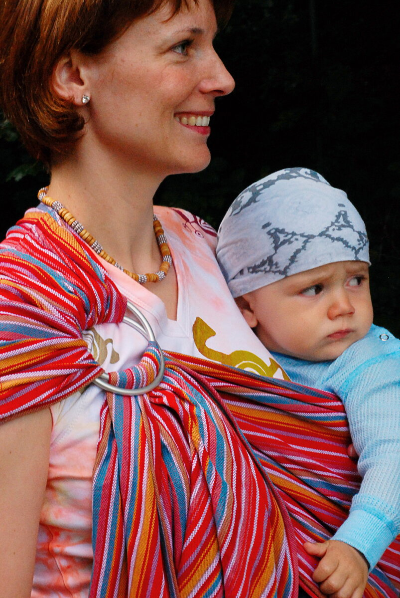 Šatka na nosenie detí Storchenwiege Lilly. PrevNext 9a899be4cd